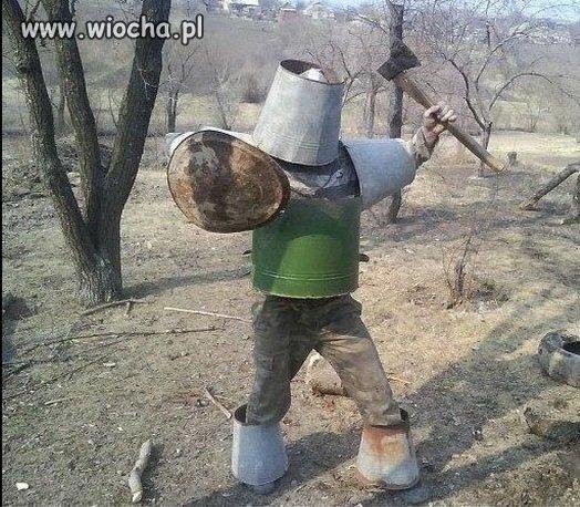 Wioskowy rycerz atakuje
