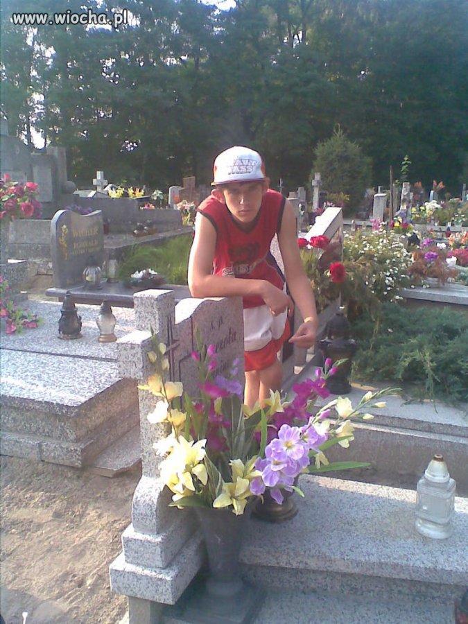 Sweet fotka  na cmentarzu