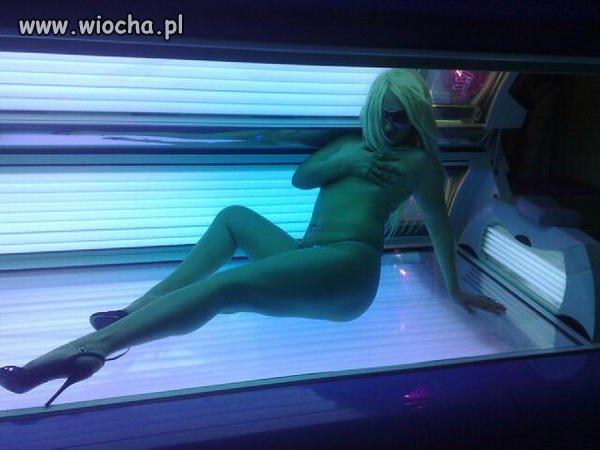 Blondi na solarium
