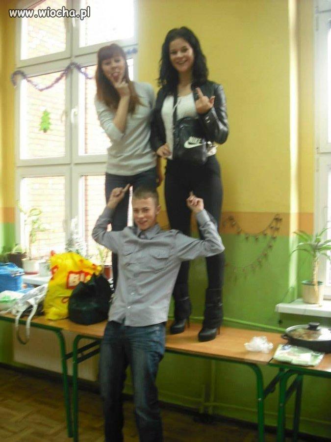 Zdjęcie z wigili klasowej w gimnazjum
