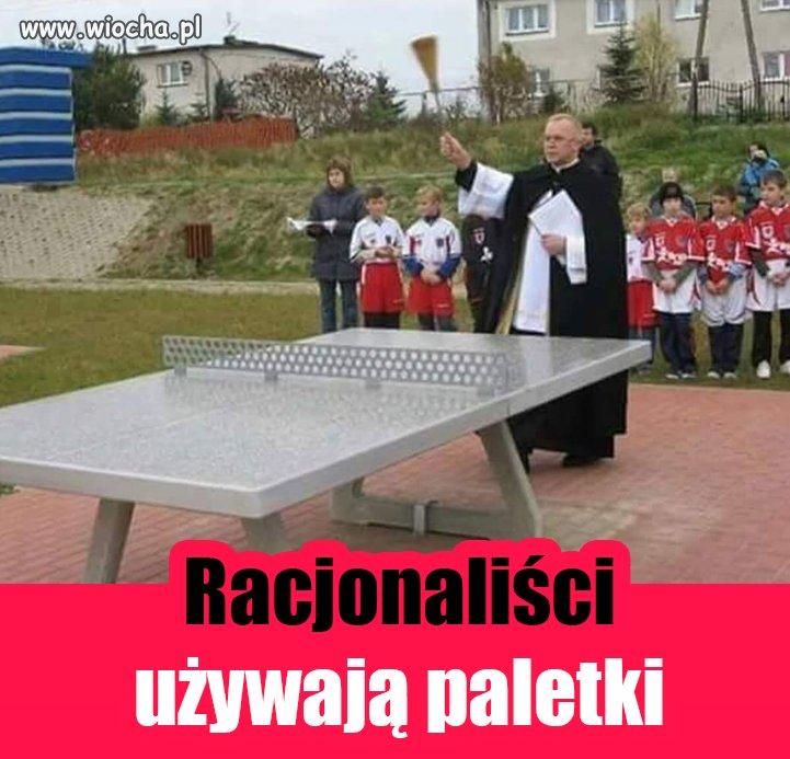 A Ty czym grasz w tenisa stołowego?