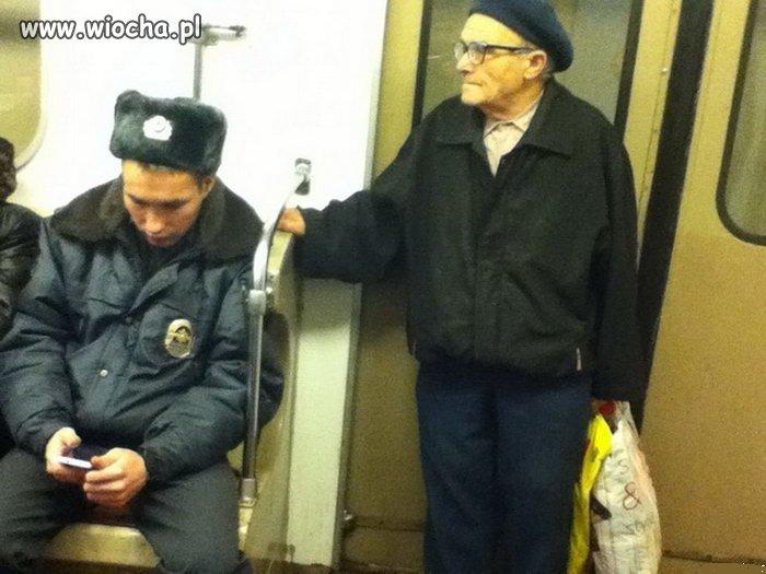 Władza w Rosji ma się całkiem dobrze.