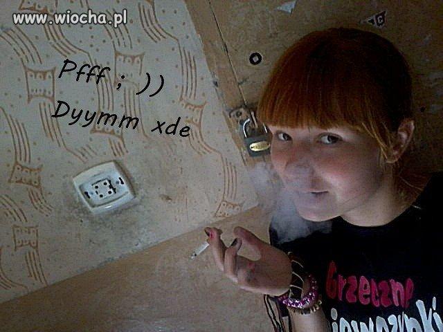 Dym i grzeczna dziewczynka...