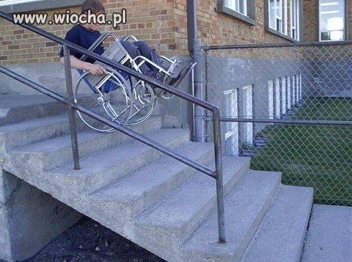 A ciągle pomagają niepełnosprawnym