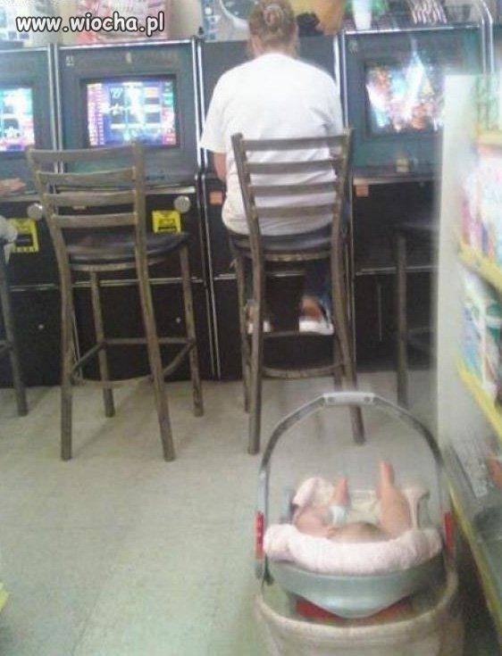 Synu poczekaj moment, zagram w to jeszcze raz...