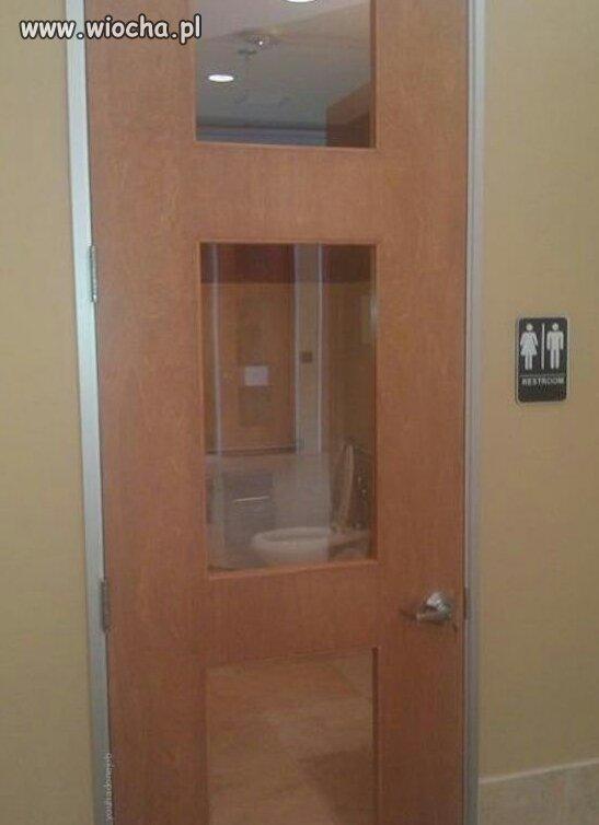 Drzwi do wc