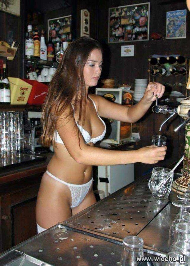 Uniform barmanek?.