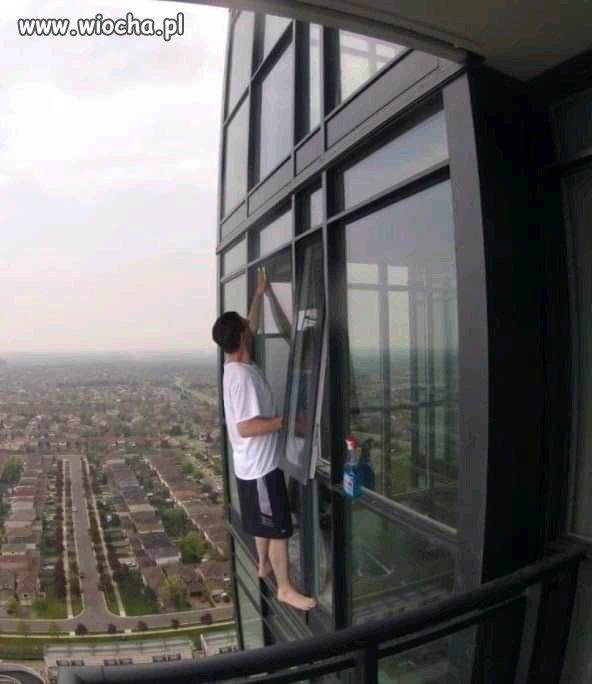 Mycie okien...