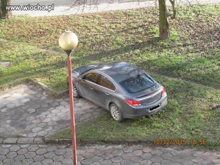 Mistrzyni parkowania na kieleckim osiedlu