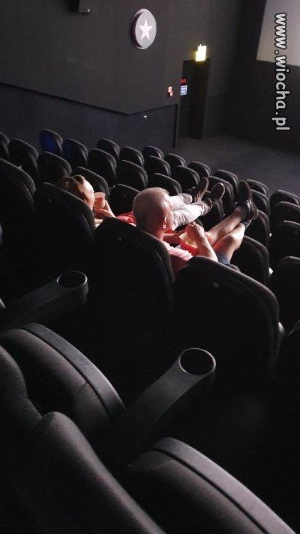 A w kinie w Sopocie to siadam tak...