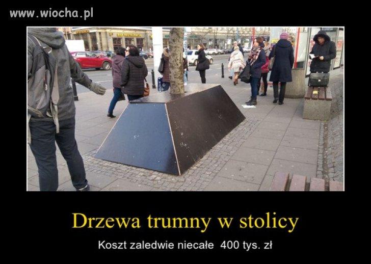 A tymczasem w Warszawie.
