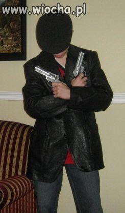 Fajne pistolety.