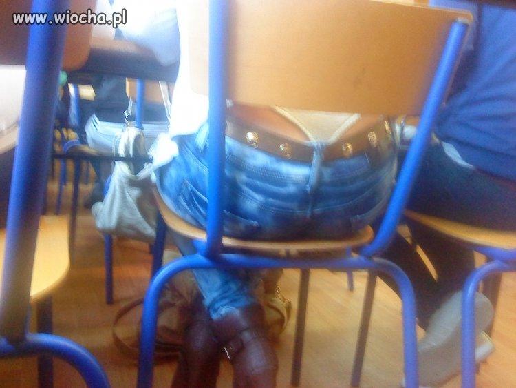 Stringi w szkole