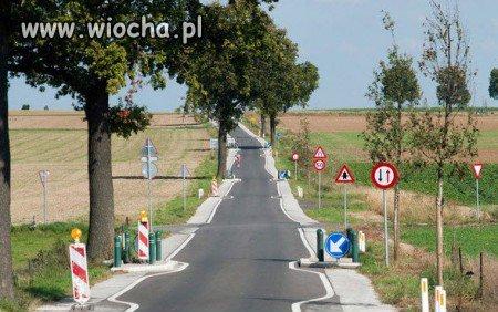 http://img.wiocha.pl/images/3/c/3caf765b4b2e7beadda176af0e693a59.jpg