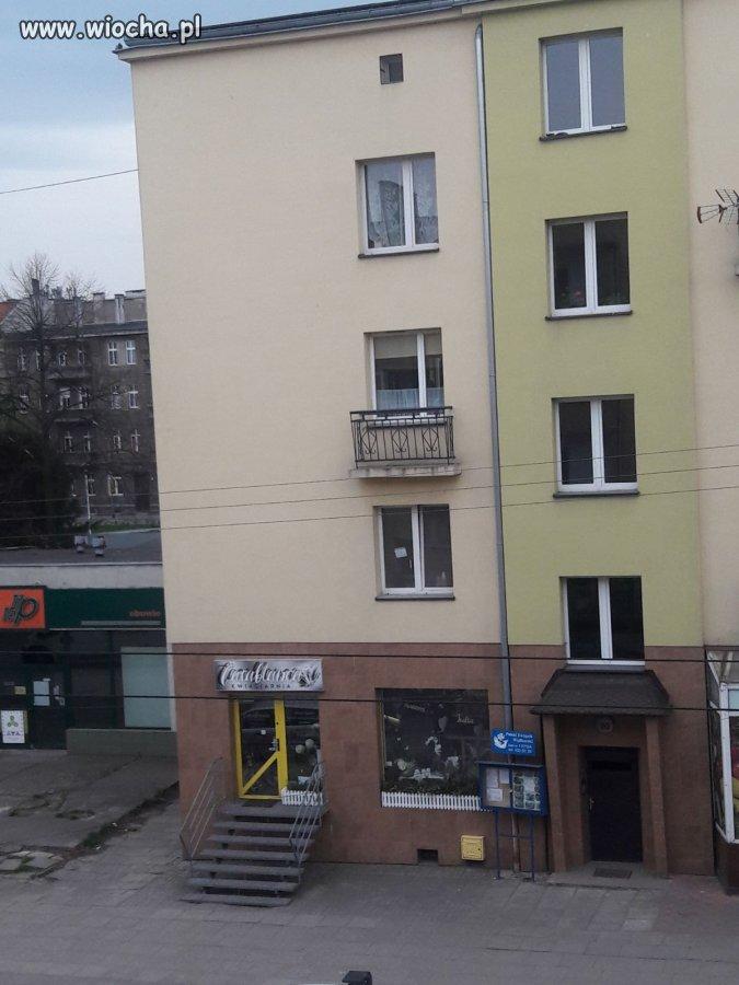Sprzedam mieszkanie z balkonem