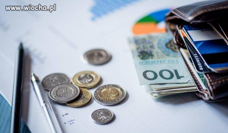 5275 zł tyle wynosi średnia pensja w Polsce