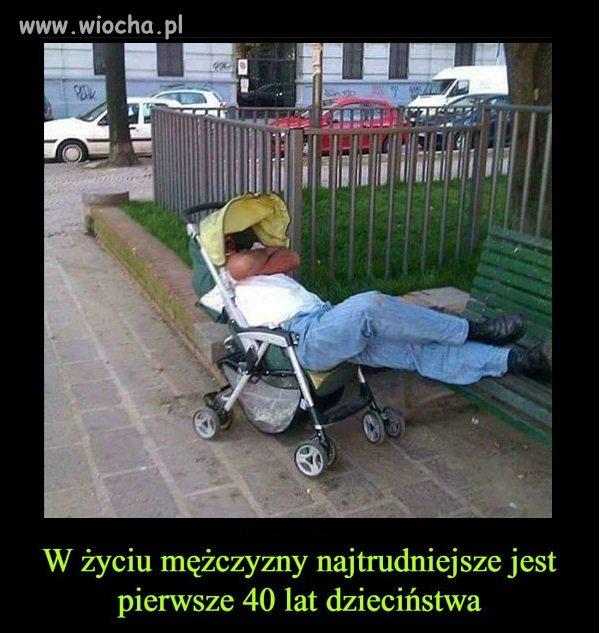 Śpi dzidziuś twardo