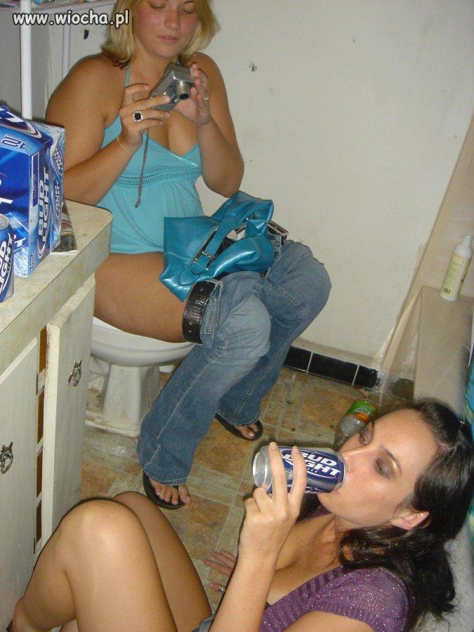 пьяные студентки подсмотренное фото крупно