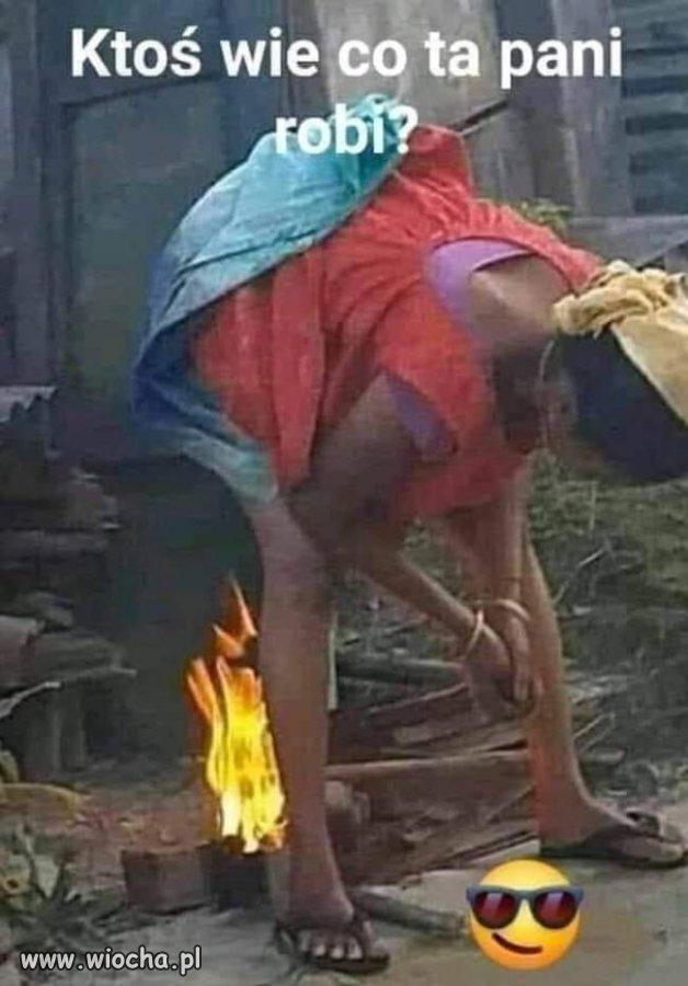 Co ona robi?
