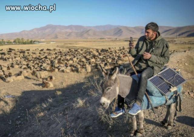 Arabskie mobilne centrum dowodzenia