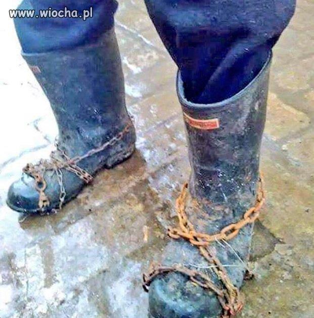 W Brzeszczach trwają próby łańcuchów