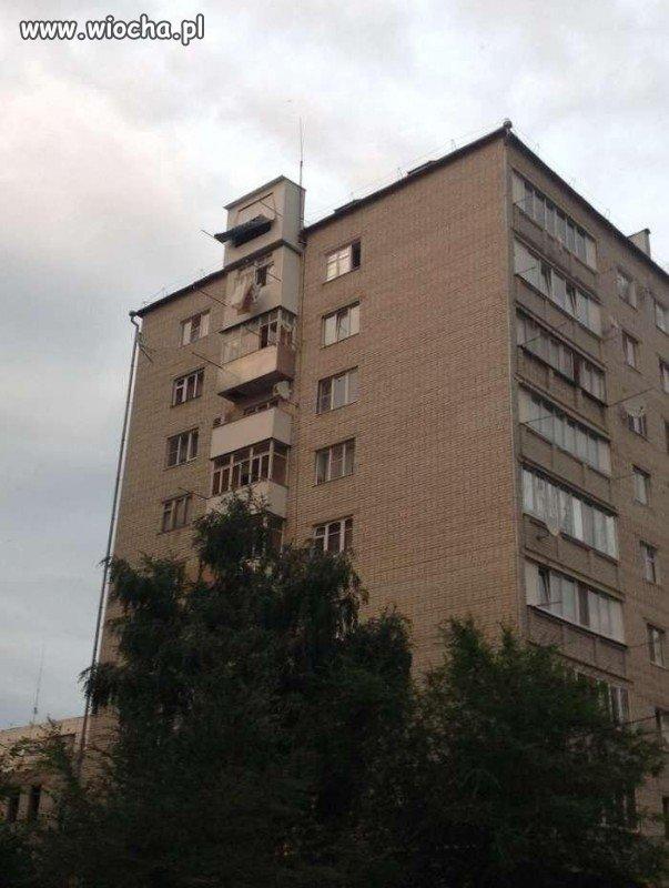 Balkon z pięterkiem