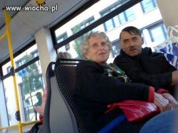 Babcia Eva i Dziadzia AdoLf