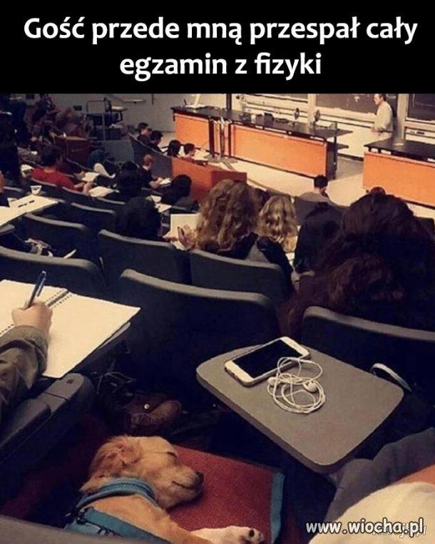 Na egzaminie z fizyki