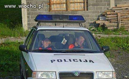 Policja...